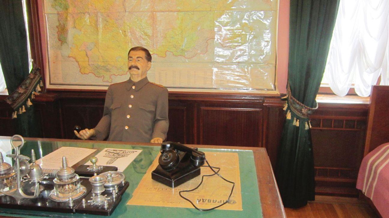 The study in Stalin's Dacha.