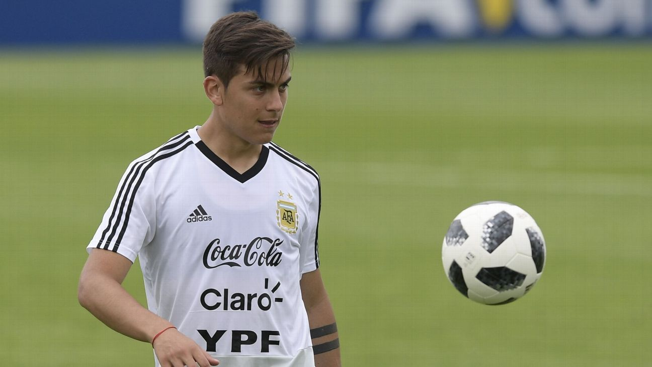 Paulo Dybala trains with Argentina ahead of the World Cup.