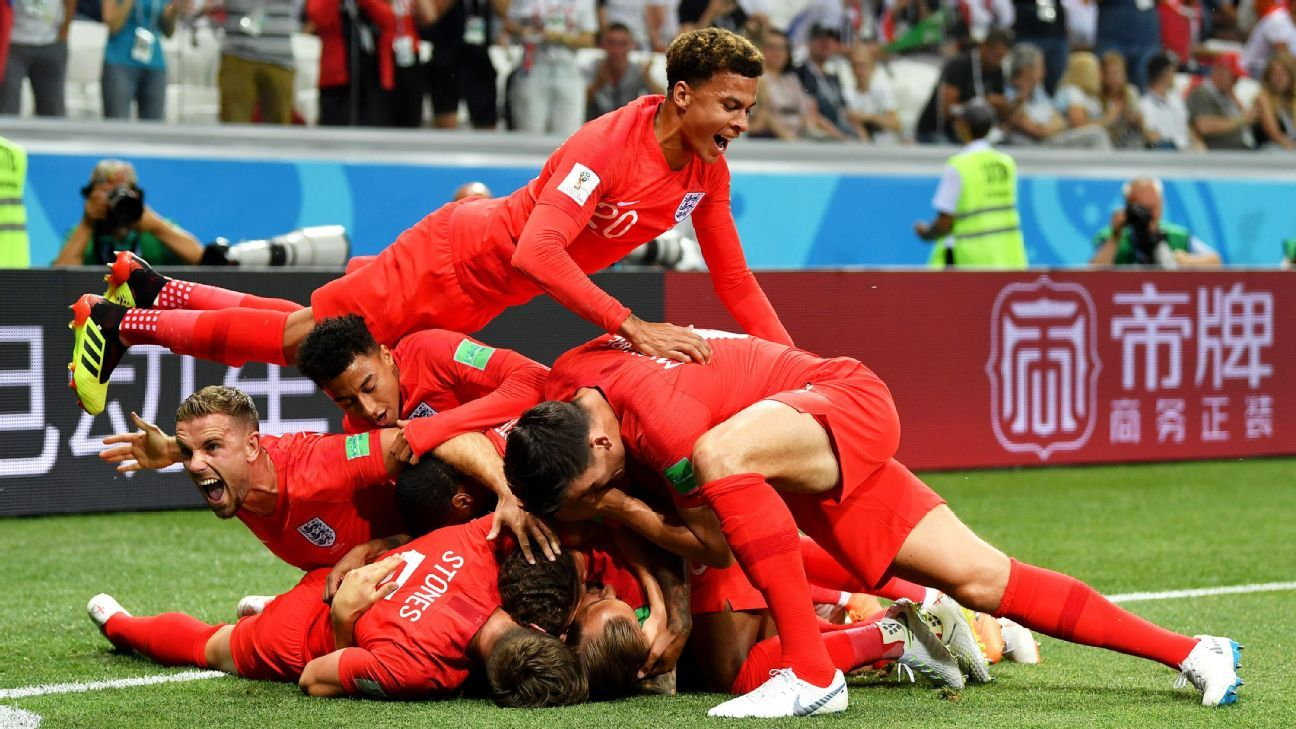 VOLGOGRAD, RUSSIA - JUNE 18:  Harry Kane of England celebrates after scoring his team's first goal with team mates during the 2018 FIFA World Cup Russia group G match between Tunisia and England at Volgograd Arena on June 18, 2018 in Volgograd, Russia.