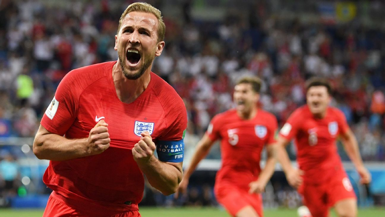 Harry Kane of England celebrates after scoring his winner vs Tunisia.