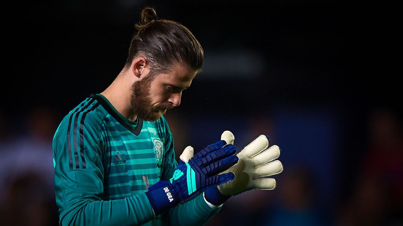David De Gea reacts during Spain's friendly match vs. Switzerland ahead of the World Cup.