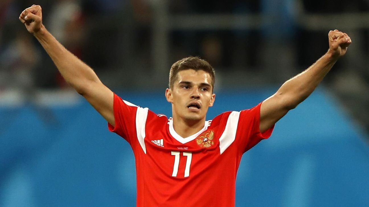Roman Zobnin celebrates after Russia's World Cup group-stage win over Egypt.