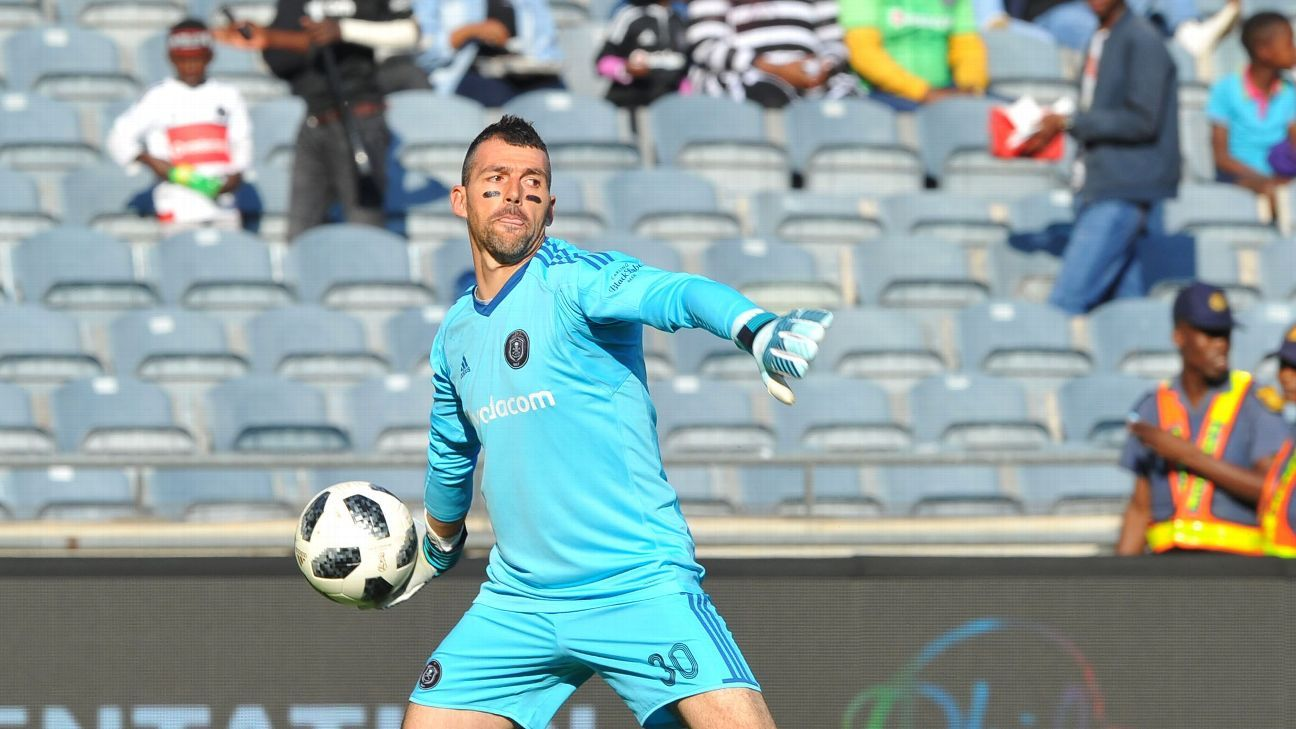 Wayne Sandilands is one of the Pirates keepers who will be coached by Andrew Sparkes.