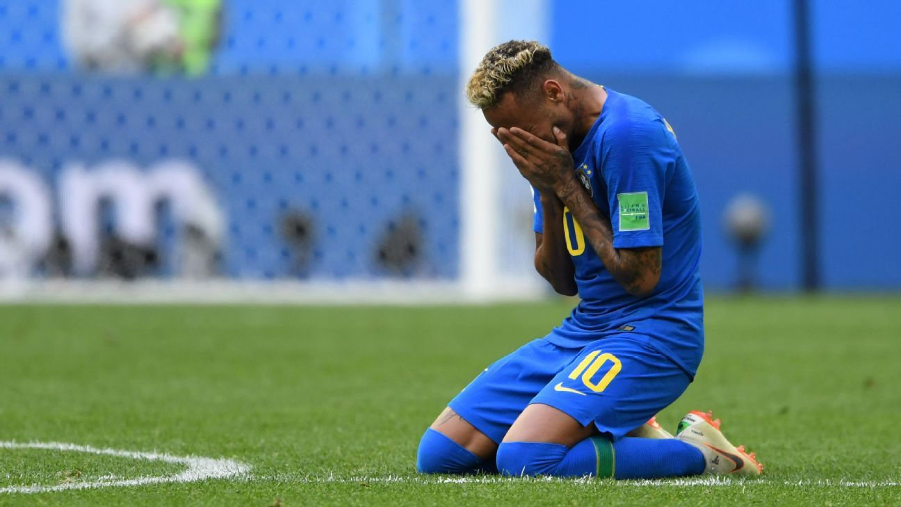 After an afternoon that tested his patience, Neymar emerged with a goal in Brazil's win vs. Costa Rica.