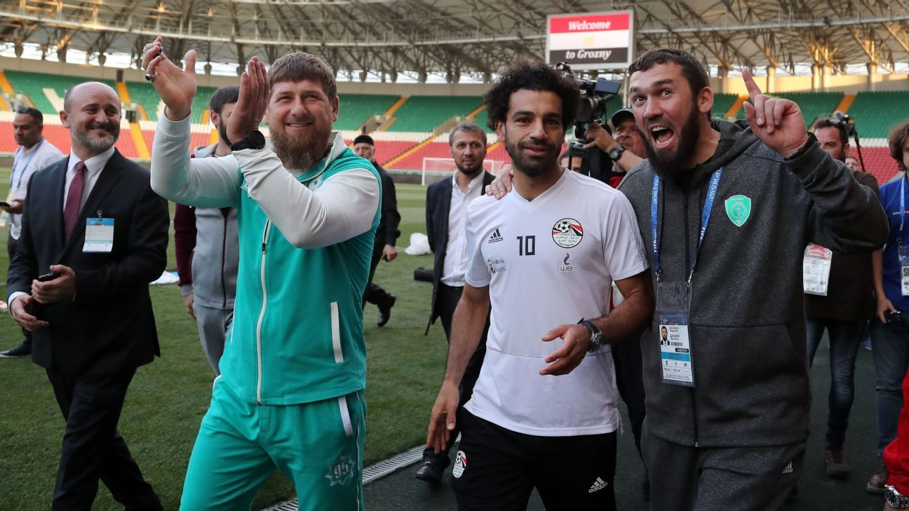 Mohamed Salah met Ramzan Kadyrov while staying in Chechnya with Egypt's World Cup squad