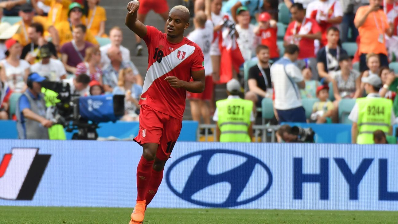 Andre Carrillo enjoyed a fine afternoon in Sochi for Peru.