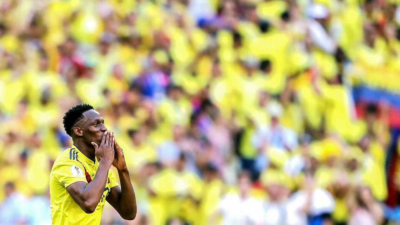 Yerry Mina's second goal of the World Cup saw Colombia beat Senegal.