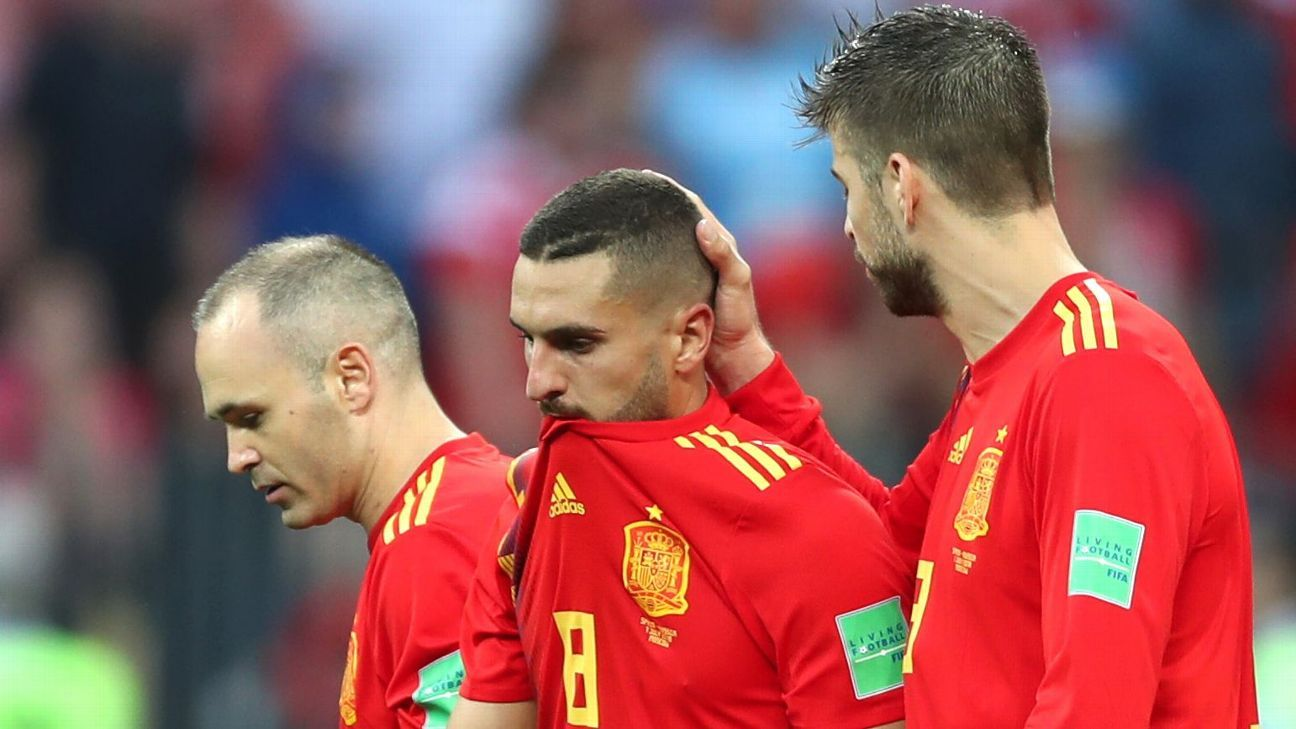 Spain's shocking exit - 1056 passes, 1013 touches, 0 chemistry
