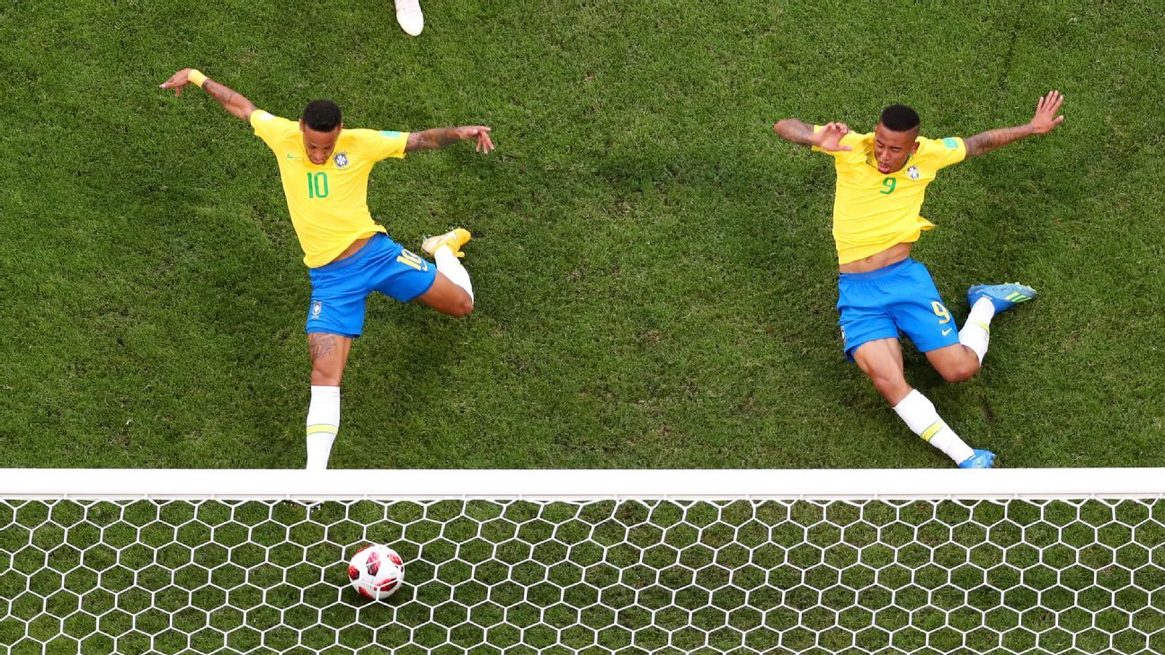 Neymar Jr of Brazil scores his team's first goal during the 2018 FIFA World Cup Russia Round of 16 match between Brazil and Mexico.