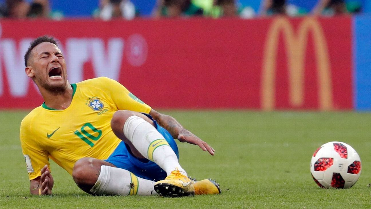 Brazil legend Ronaldo calls World Cup media criticism of Neymar diving 'nonsense'