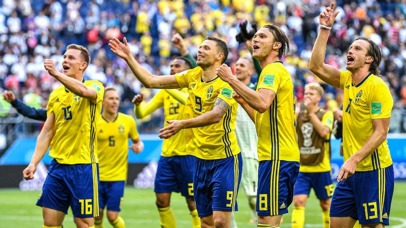 Sweden beat Switzerland 1-0 to secure their place in the World Cup quarterfinals.