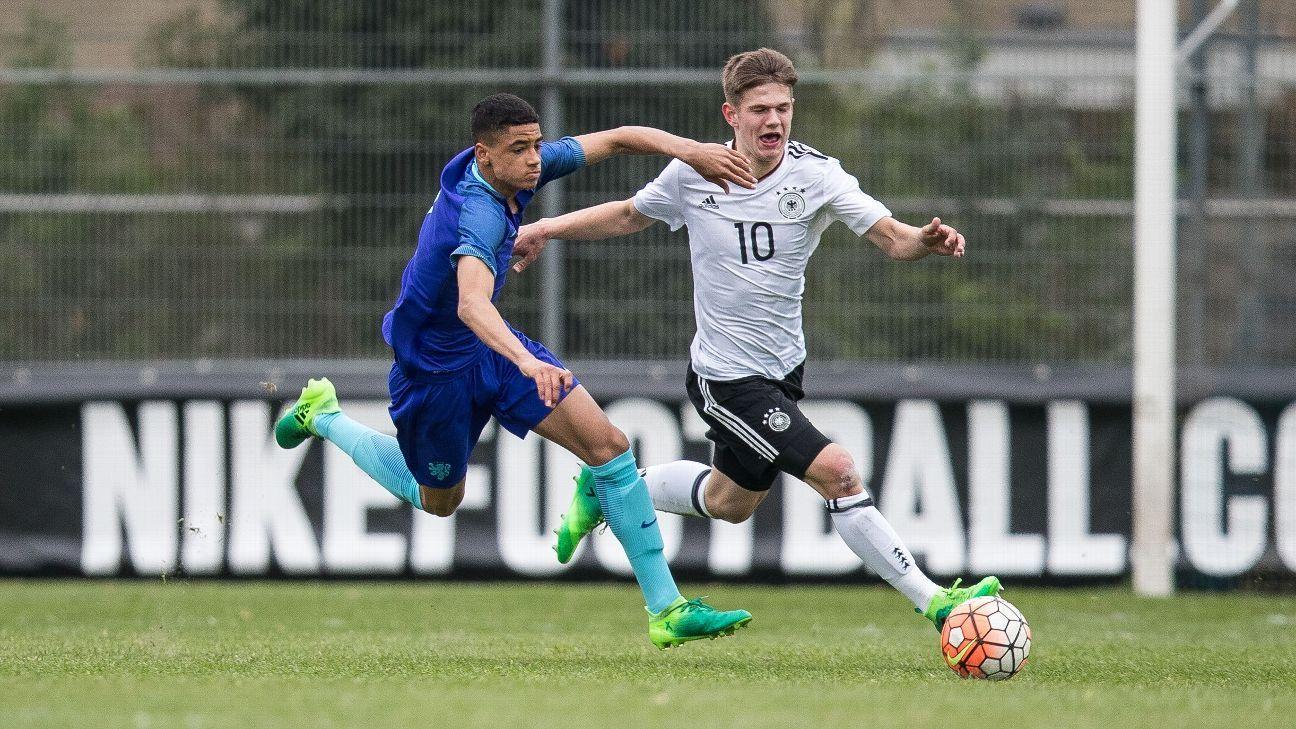 Ki-Jana Hoever Ajax Netherlands