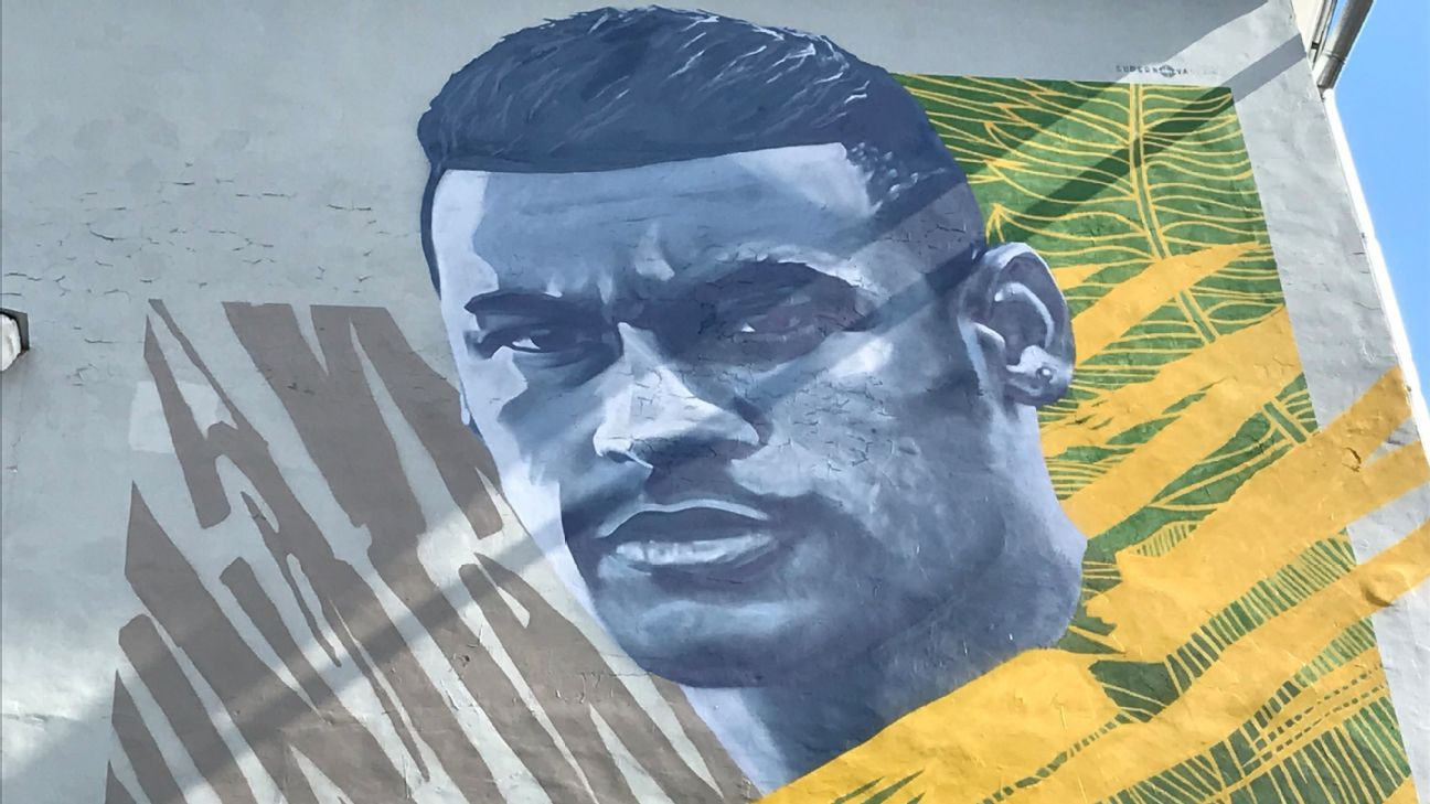 Neymar is the latest star to have his large-scale likeness painted on to a wall in Kazan, Russia