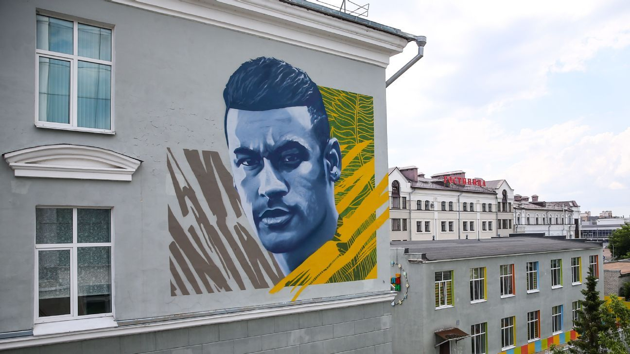 Neymar is the latest star to have his large-scale likeness painted on to a wall in Kazan, Russia.