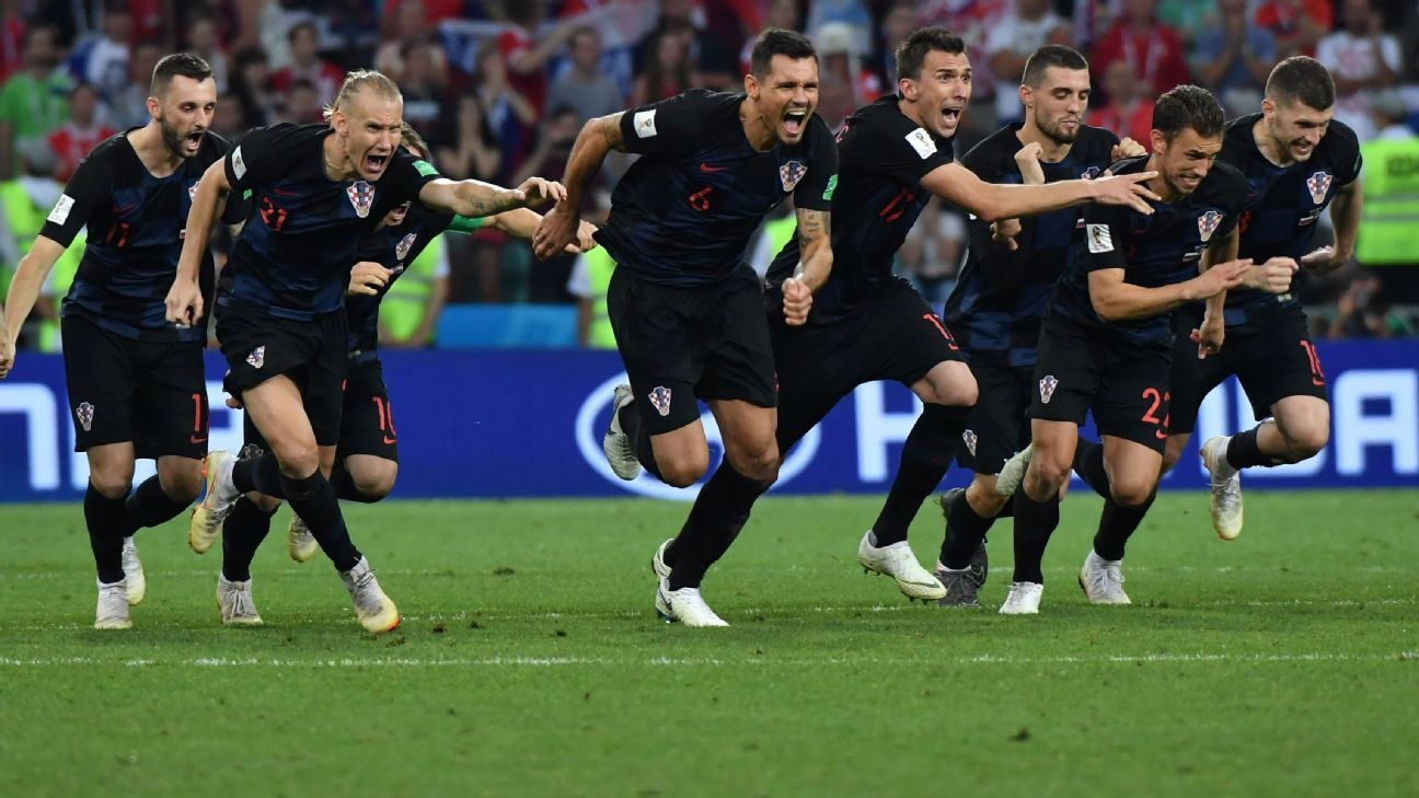 Croatia beat Russia on penalties to reach the semifinals of the World Cup.