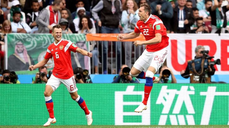 Denis Cheryshev, left, and Artem Dzyuba, right, were key players in Russia's surprise quarterfinal run.