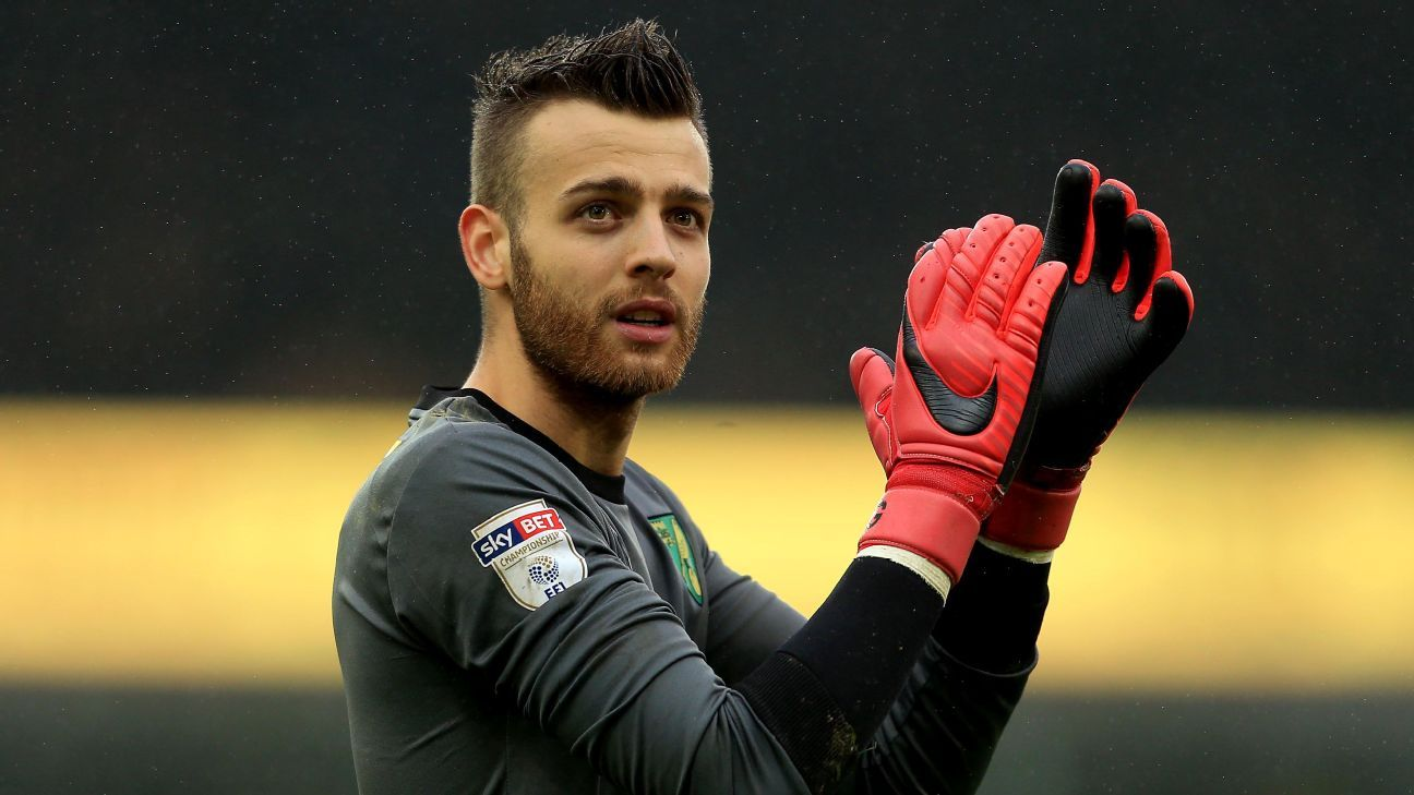 Angus Gunn signed a five-year contract with Southampton FC on Tuesday.