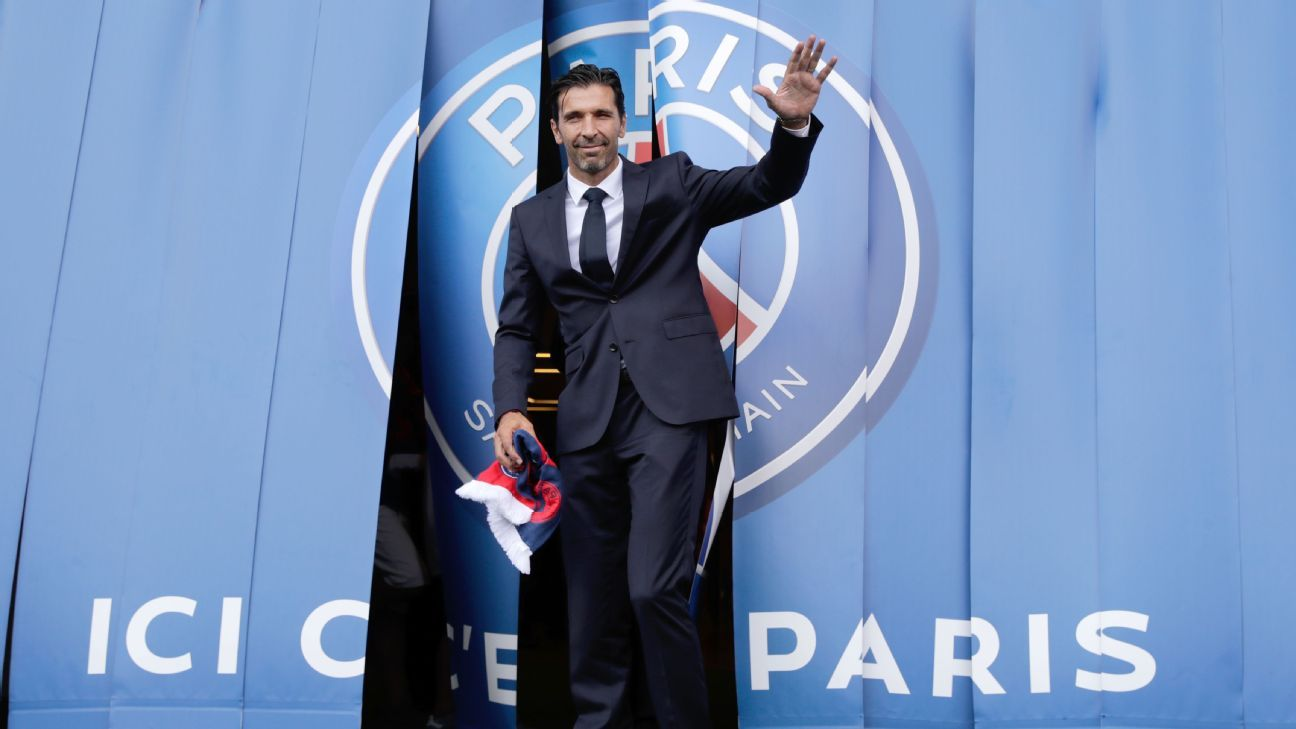 Paris Saint-Germain goalkeeper Gianluigi Buffon