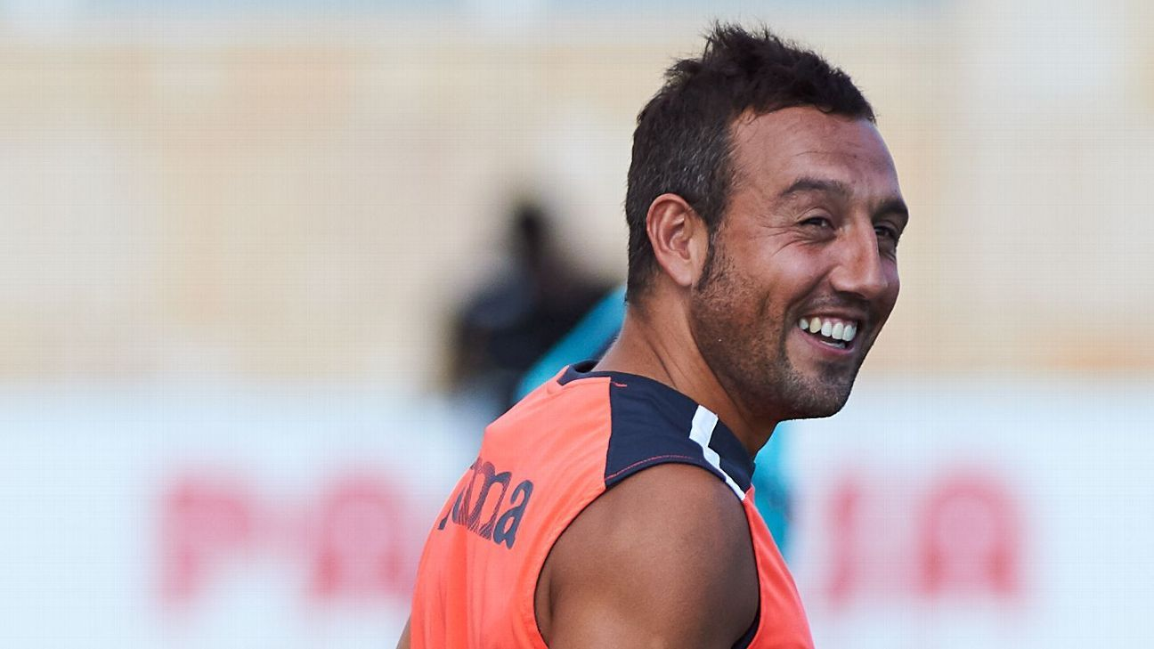 Santi Cazorla in training for Villarreal.