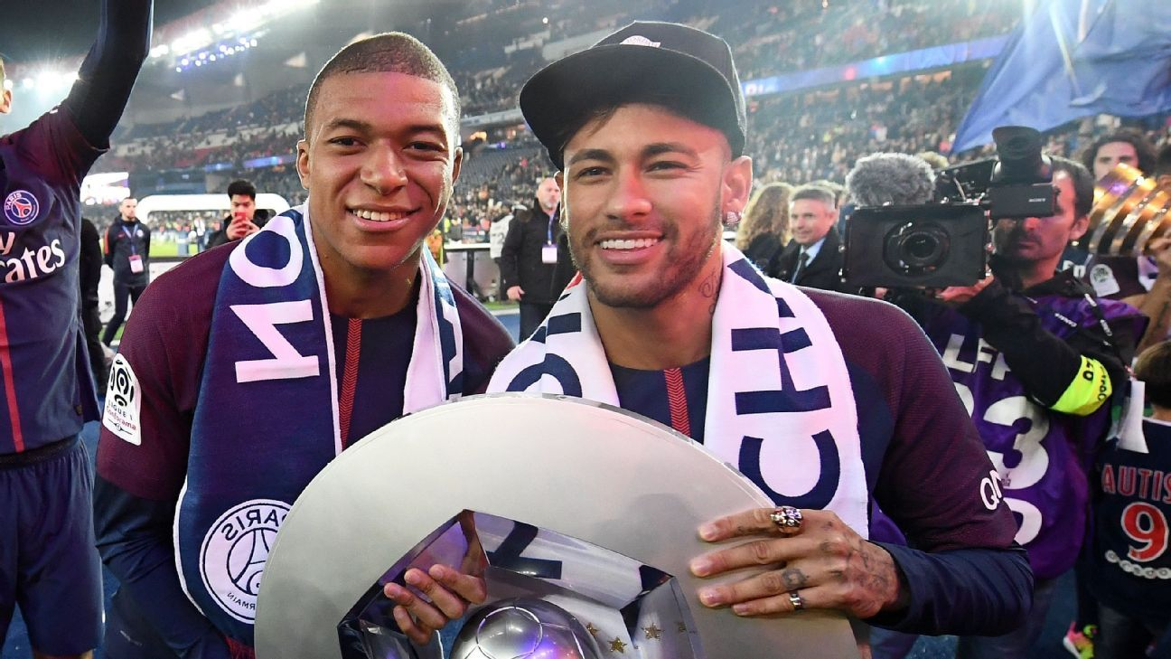 Paris Saint-Germain's Kylian Mbappe, left, and Neymar