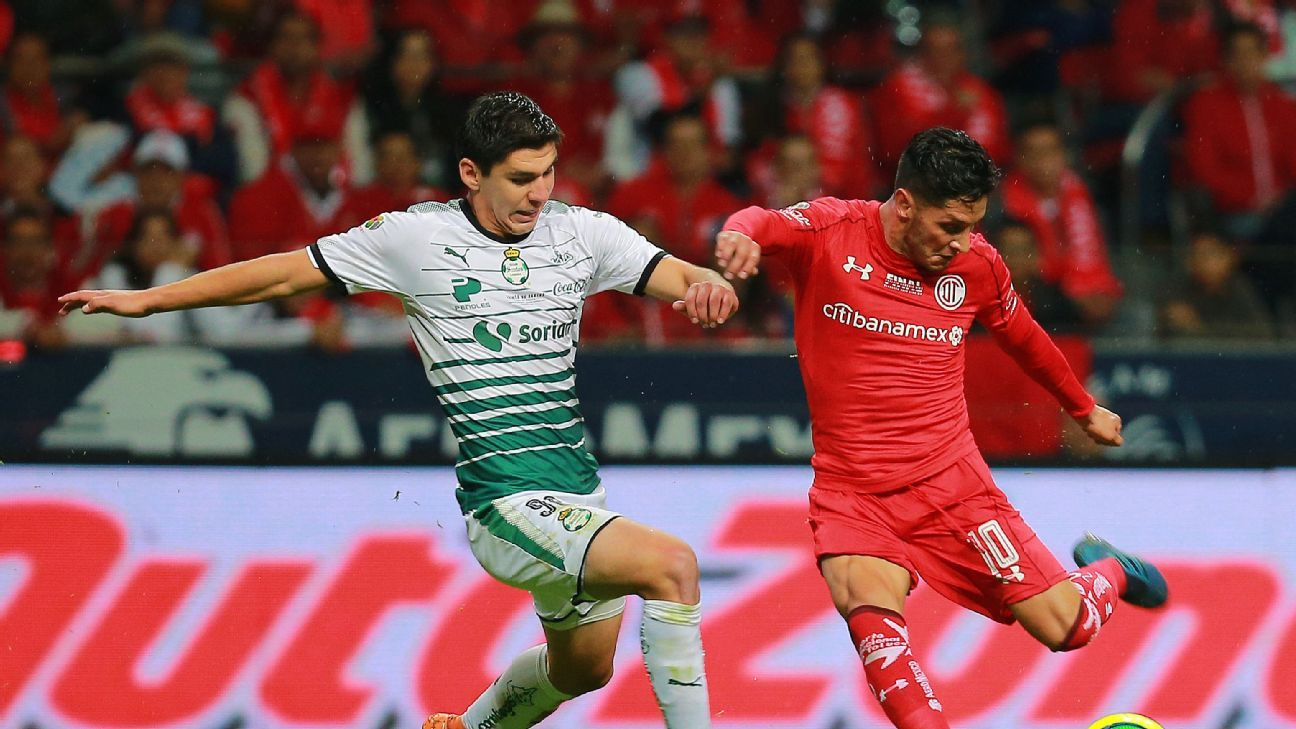Santos and Toluca gave Liga MX fans an epic battle in the Clausura 2018 final and their matchup this weekend proves to be as entertaining.