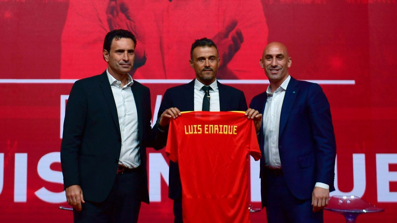 Luis Enrique is presented as Spain's new manager by sporting director Jose Francisco Molina and Spanish football federation president Luis Rubiales.