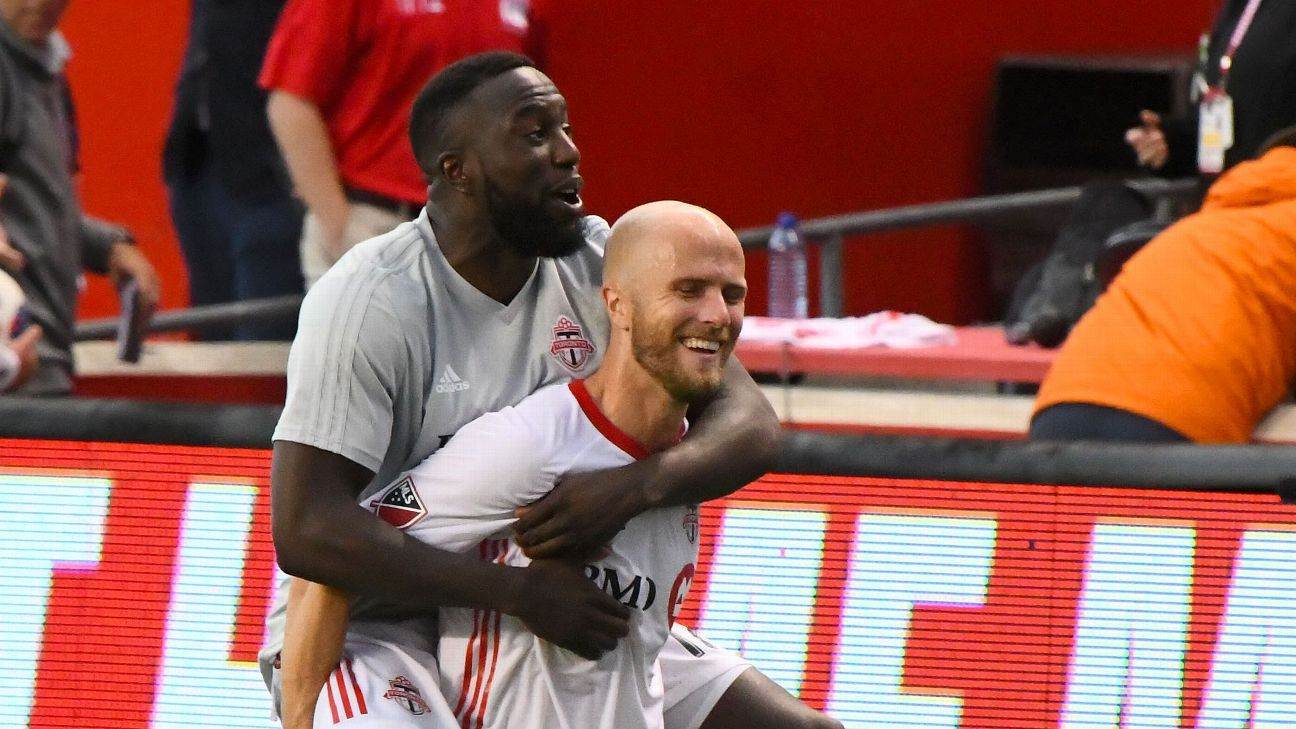 Toronto FC defeats Chicago Fire to snap six-game winless skid