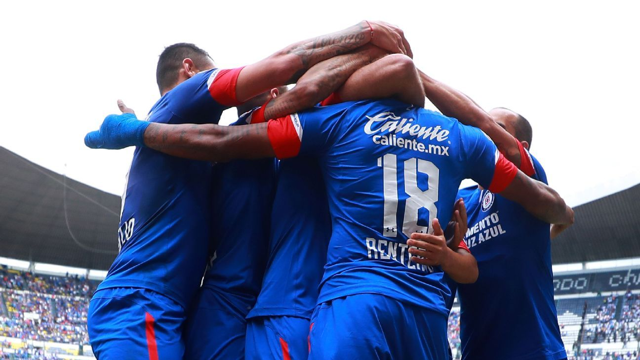 Cruz Azul celebrates Andres Renteria's goal during the Liga MX win over Puebla.
