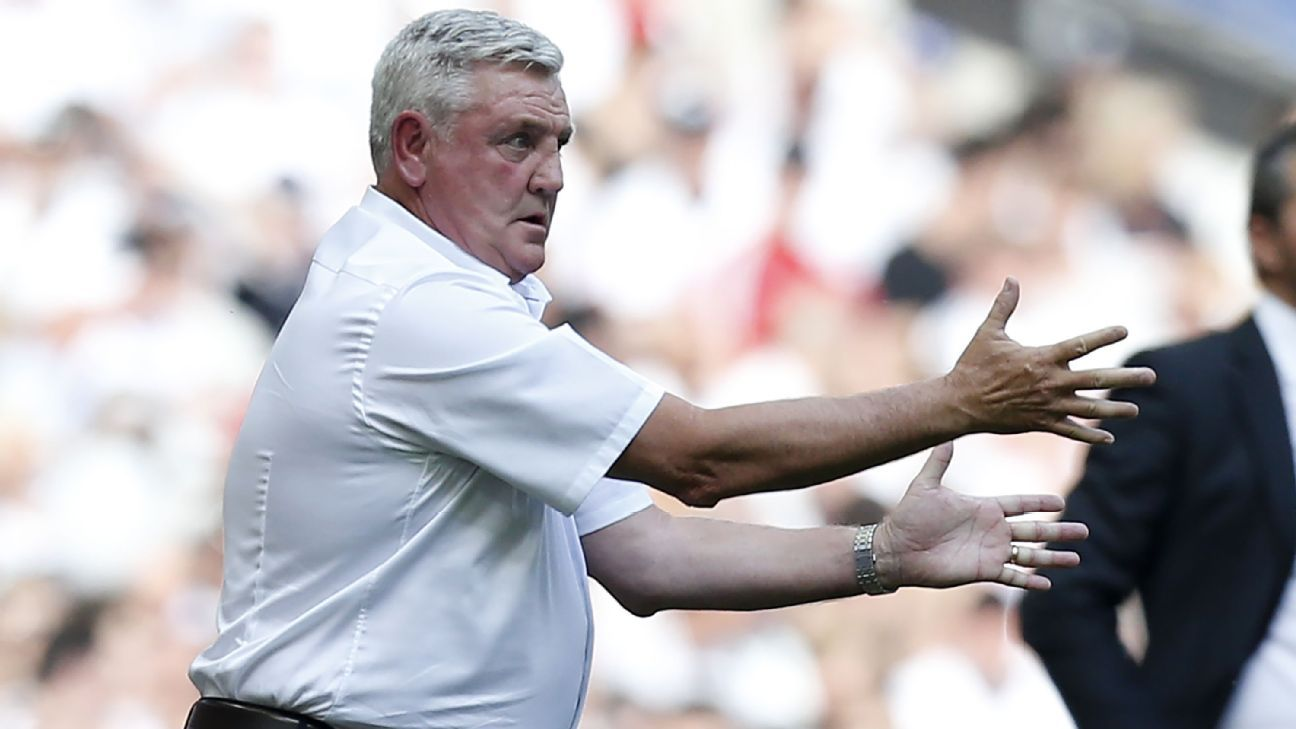Aston Villa's Steve Bruce.