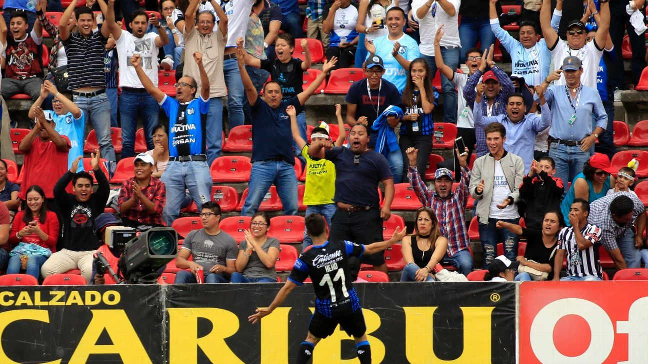 Daniel Villalva's late goal helped Queretaro snatch a victory against Pachuca.