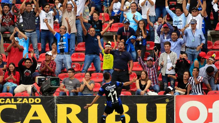 Daniel Villalva's late goal helped Queretaro snatch a victory against Pachuca.