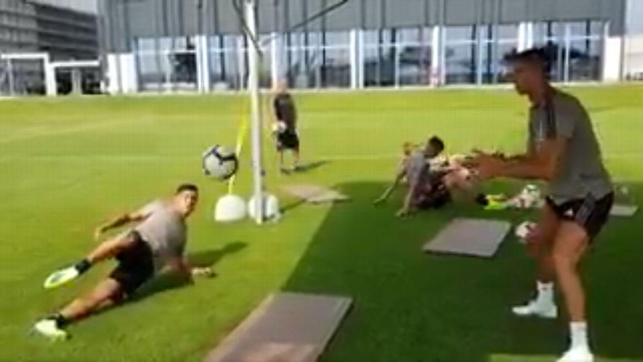 Paolo Dybala and Cristiano Ronaldo have fun during Juventus' preseason training