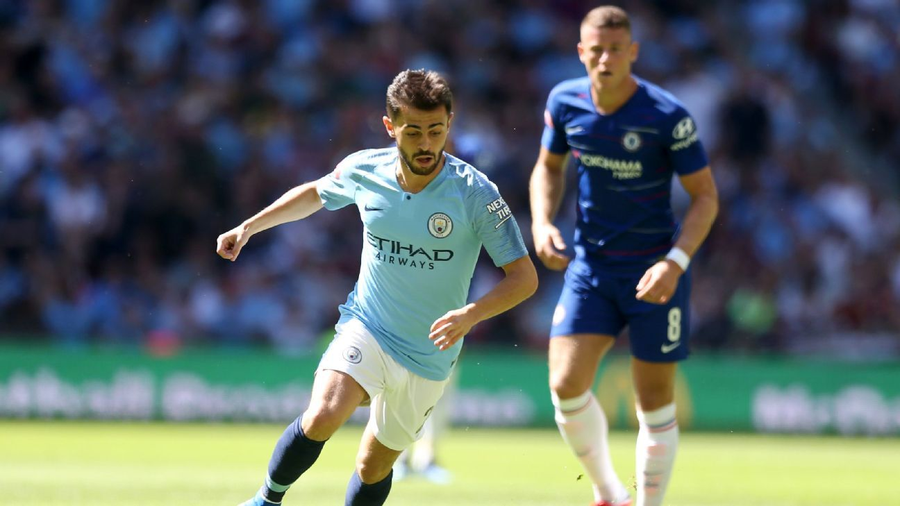 Bernardo Silva thrived in a more central role as Man City cruised to victory over Chelsea.