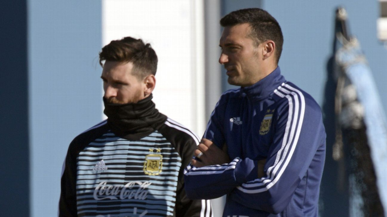 Lionel Messi and Lionel Scaloni both hail from Rosario and began their careers at Newell's Old Boys