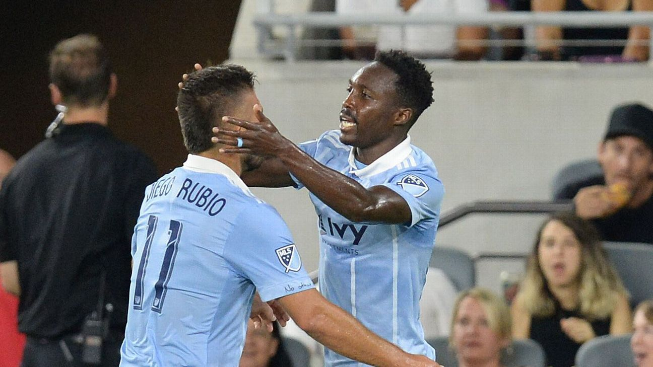 Sporting Kansas City deals LAFC first loss in Banc of California Stadium