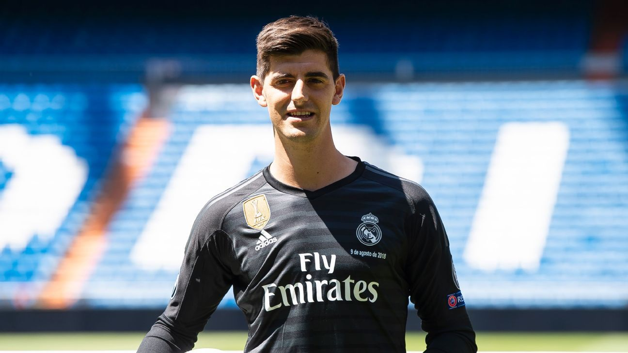 Real Madrid's Thibaut Courtois poses after his Real Madrid presentation.