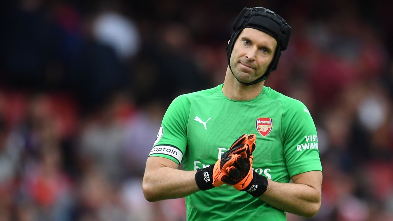 Petr Cech looks on during Arsenal's Premier League loss to Manchester City.