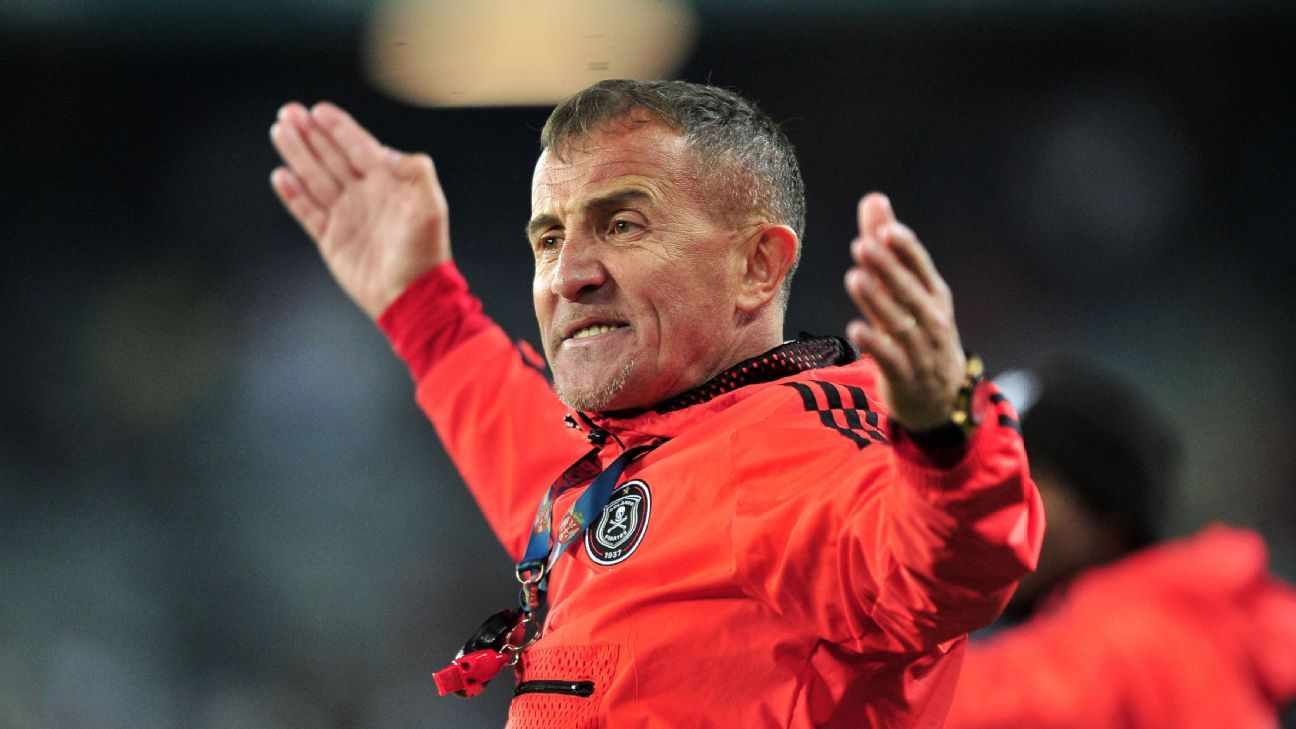 Milutin Sredojevic reacts during Orlando Pirates' defeat to SuperSport United
