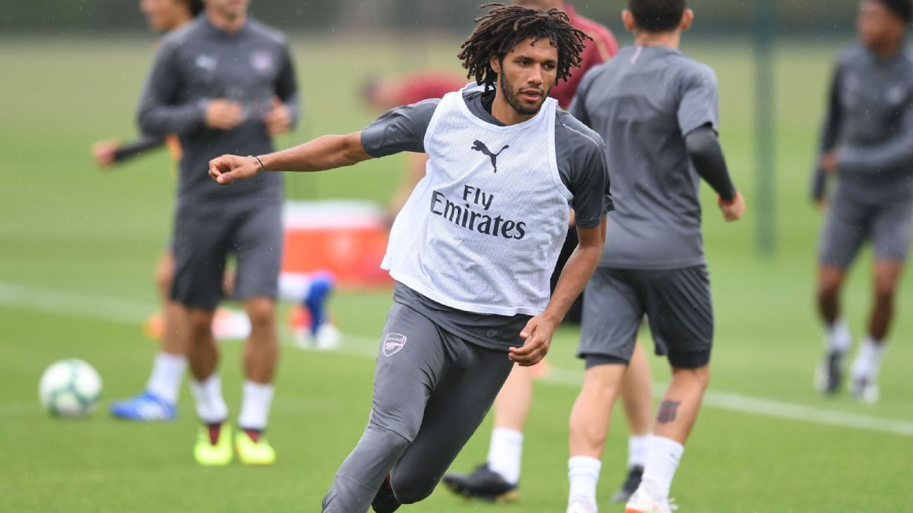 Mohamed Elneny in preseason training with Arsenal.