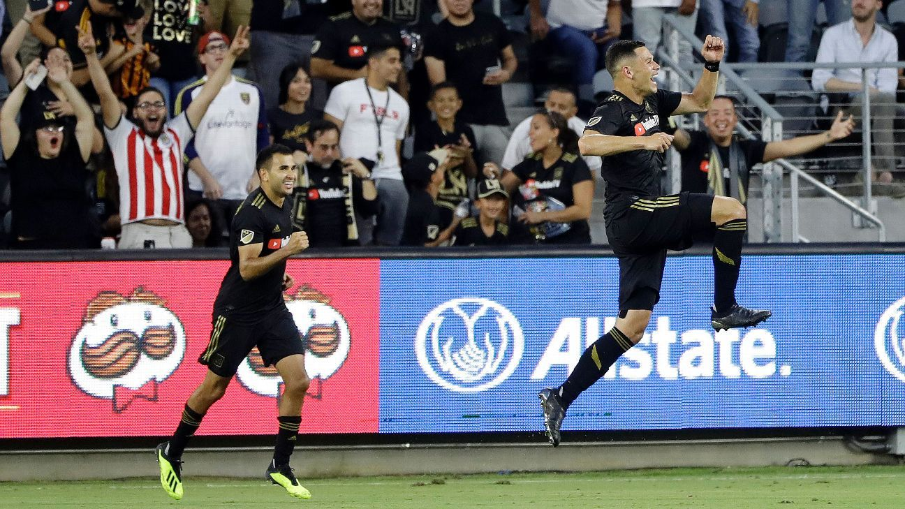 Christian Ramirez scores twice as LAFC blank Real Salt Lake, 2-0