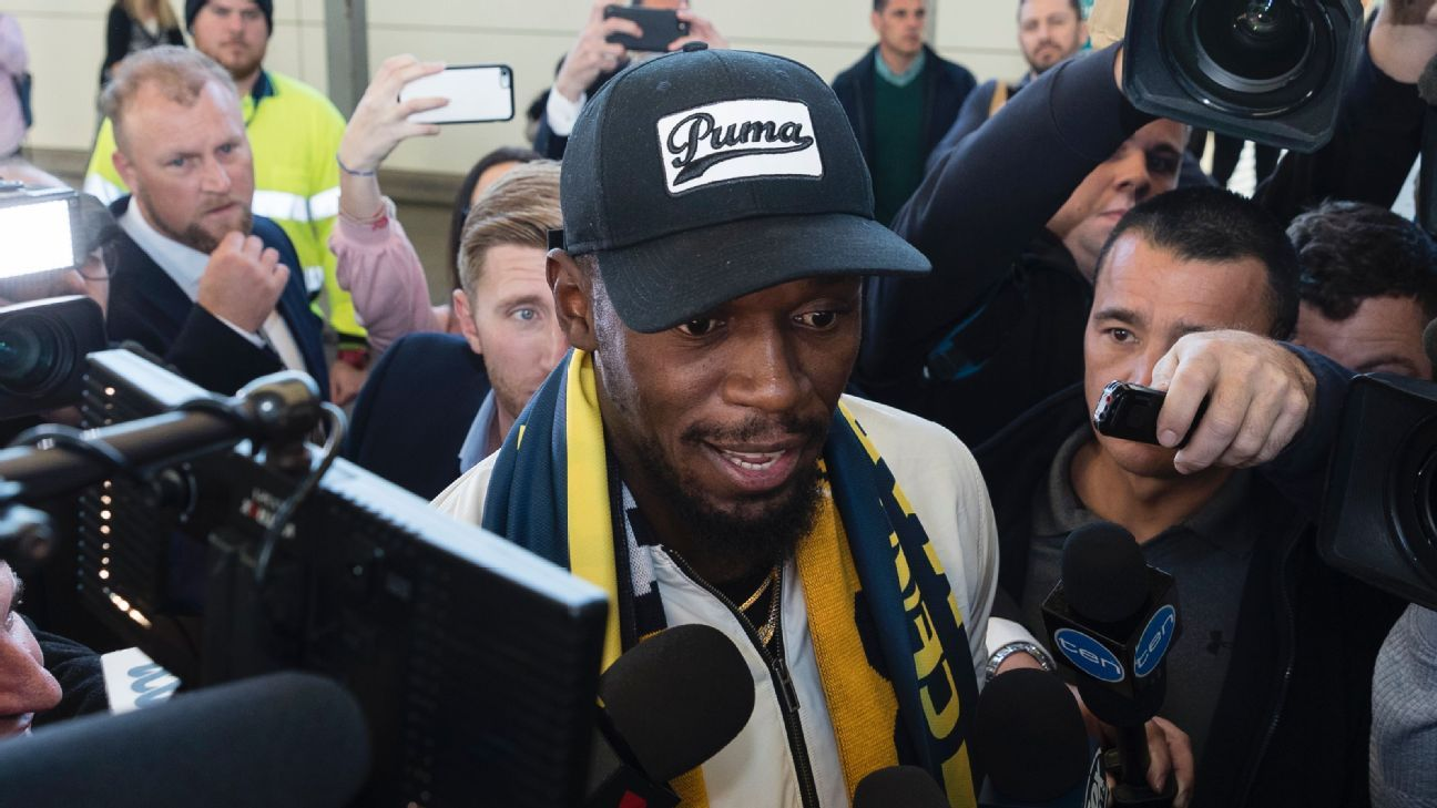 The world's fastest man, Usain Bolt, begins his trial with the Central Coast Mariners on Tuesday.