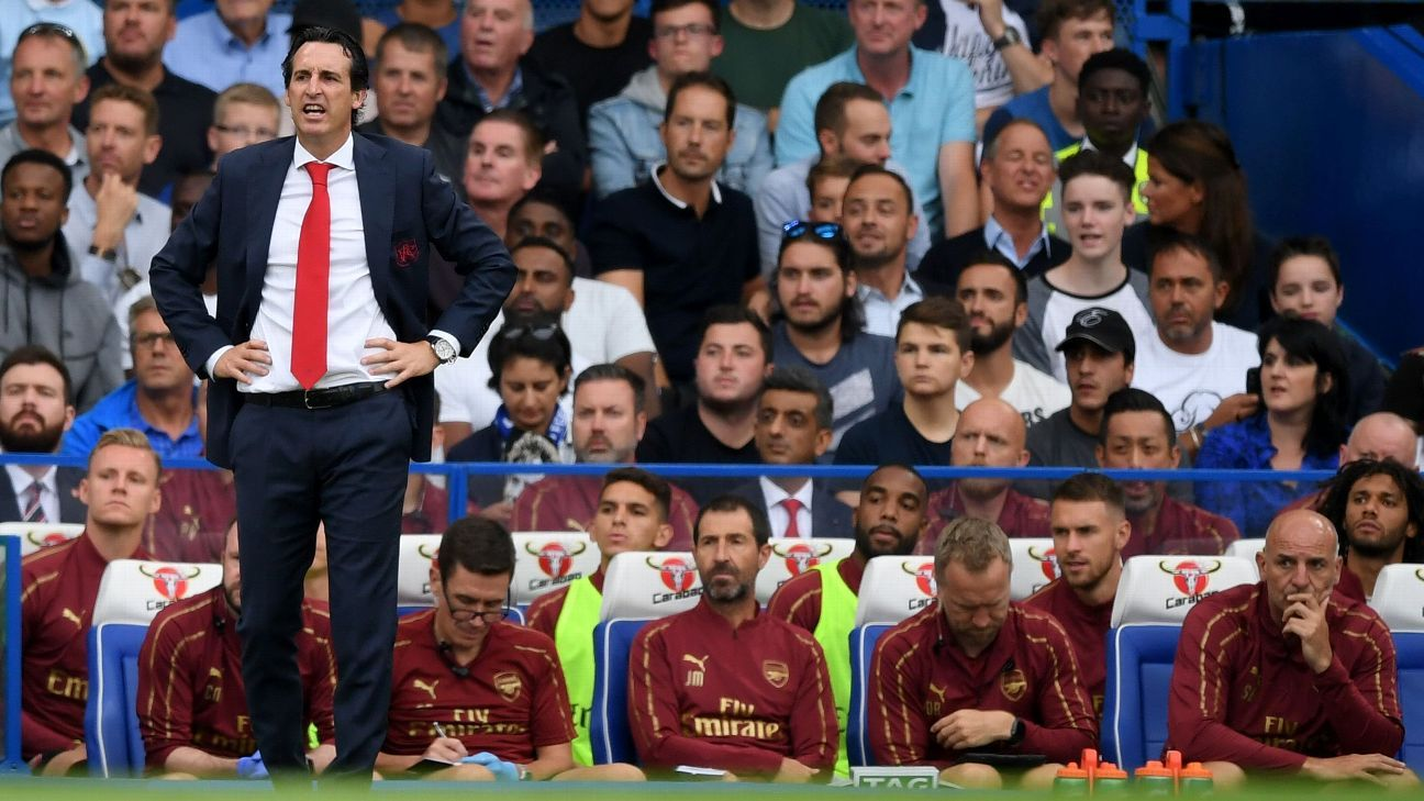 Arsenal coach Unai Emery during a Premier League game against Chelsea.