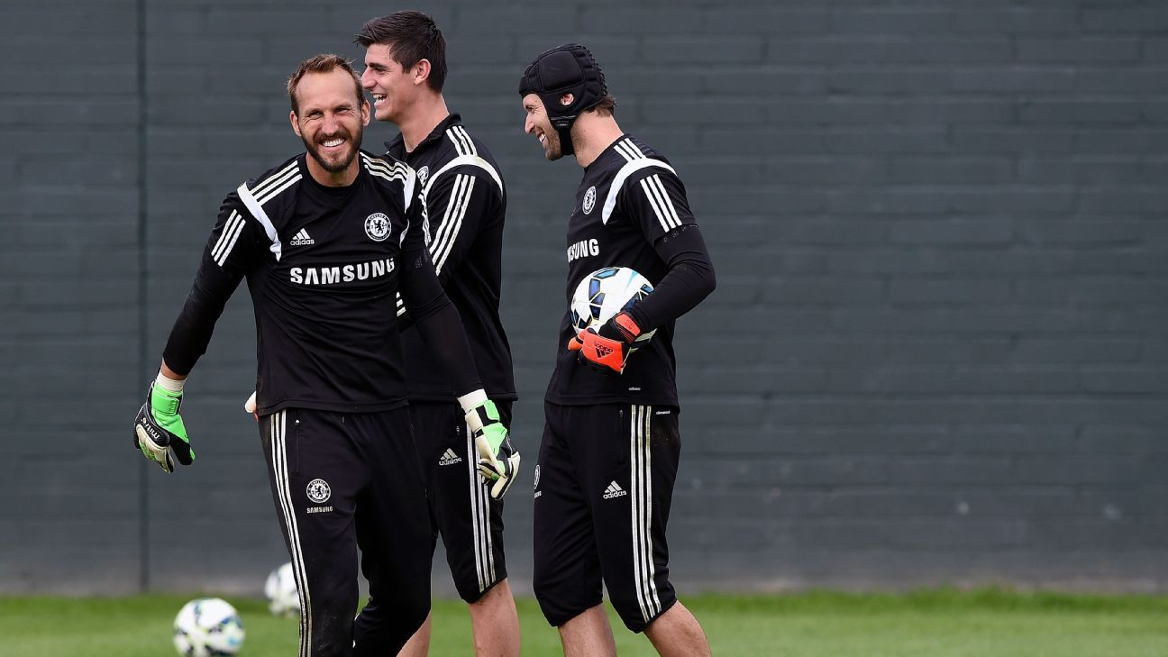 Not all third-choice keepers are miserable. Just ask Mark Schwarzer, who was behind Petr Cech and Thibaut Courtois in the pecking order.