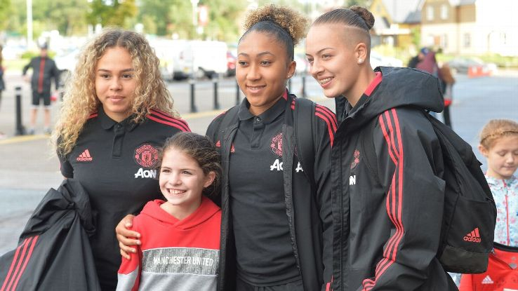 Man United's women's team lost valiantly to Reading in the league cup but are on track for success.