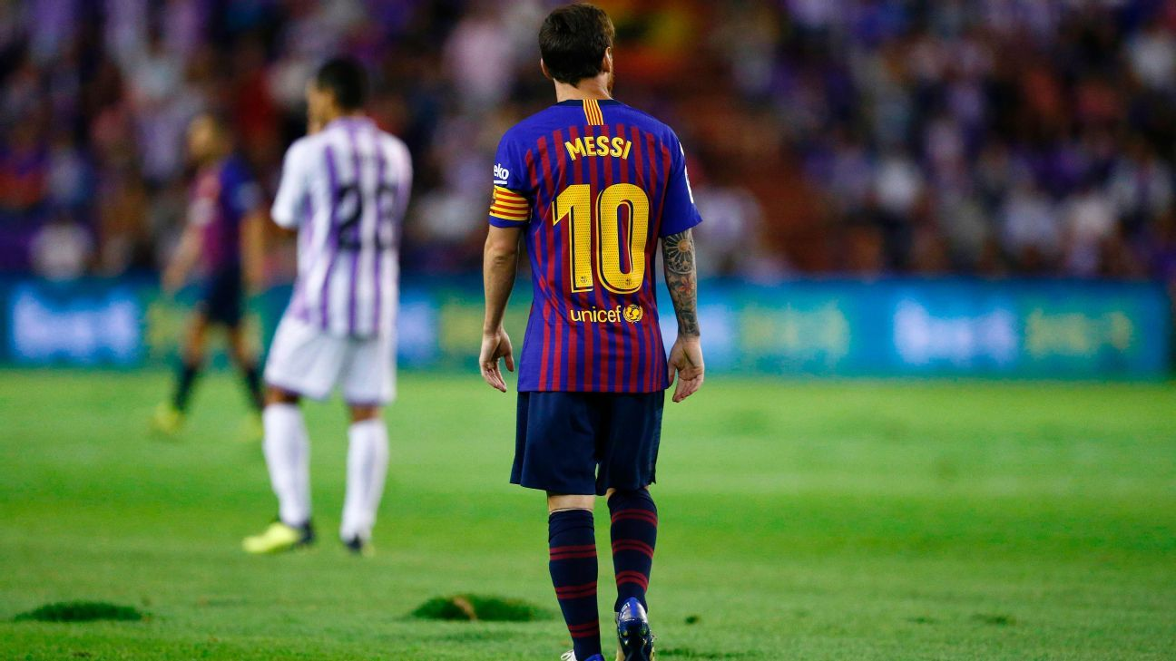 The Valladolid pitch was criticised by Barcelona players.