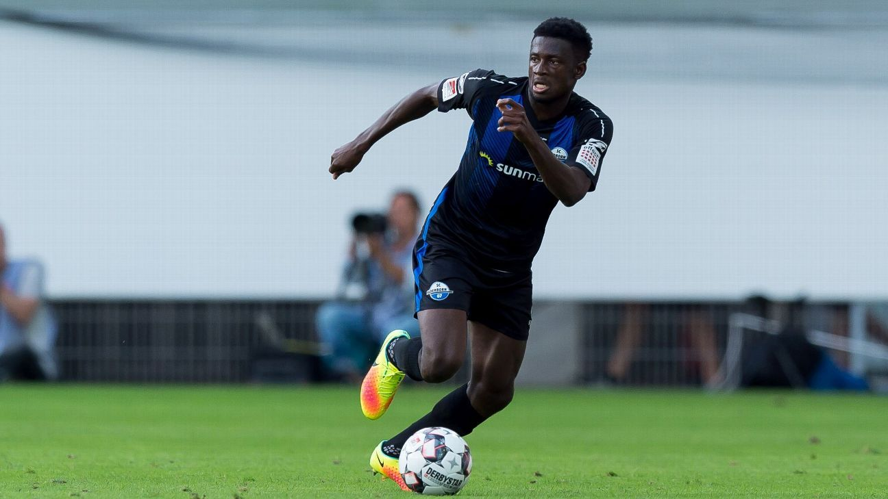 Jamilu Collins in action for German outfit SC Paderborn
