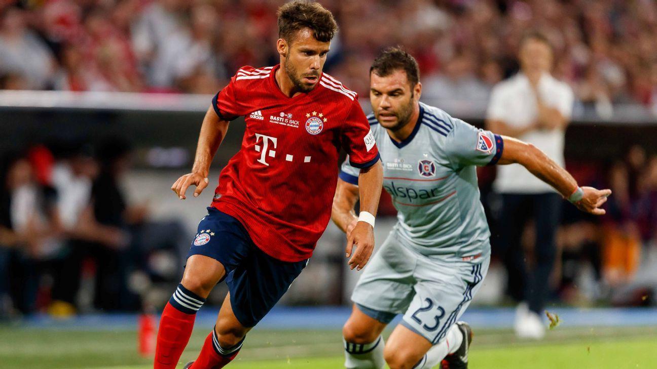 Juan Bernat in action during Bayern Munich's friendly against Chicago Fire.