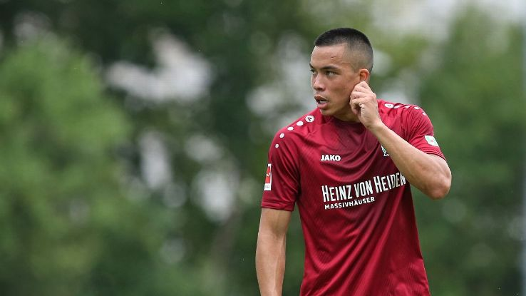 Hannover's Bobby Wood during a preseason game against PEC Zwolle.