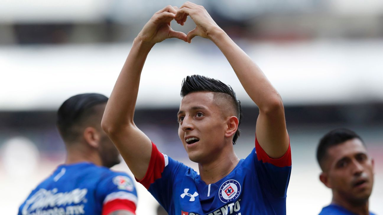 Youngster Roberto Alvarado, 20, has been one of Cruz Azul's most important players all season long.