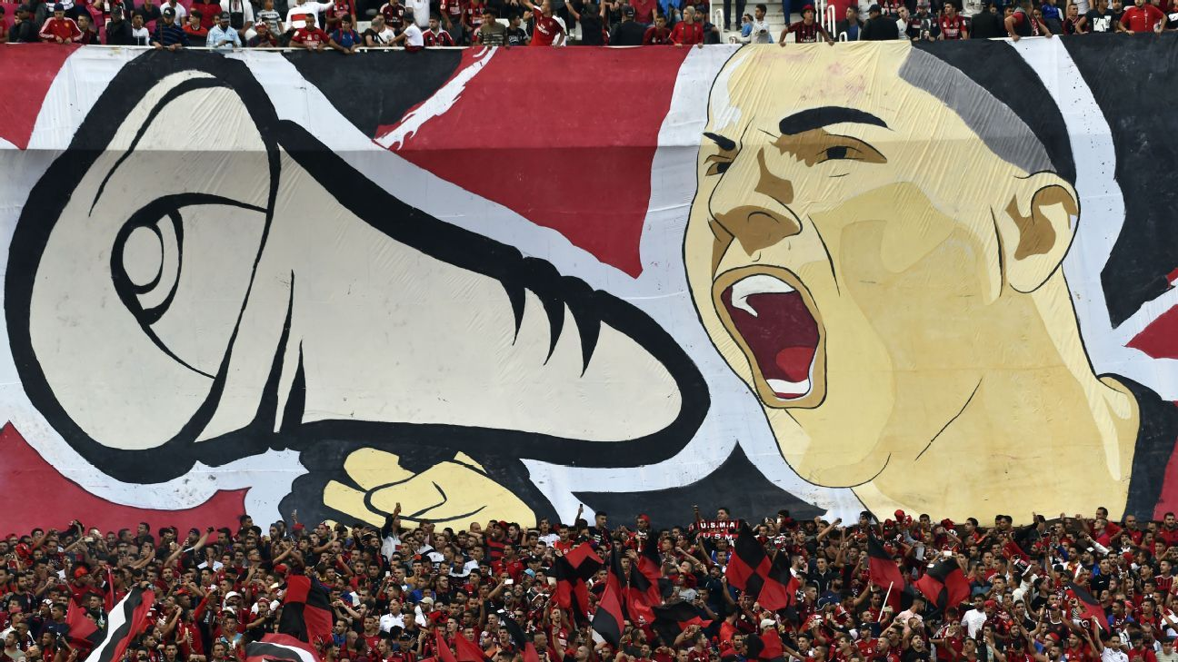 USM Alger fans promoted a political crisis with their chats against the Iraqi Air Force team.